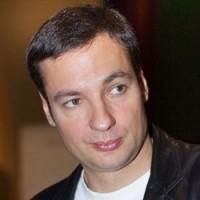 http://j.livelib.ru/auface/019980/l/532d/Pavel_Sanaev.jpg