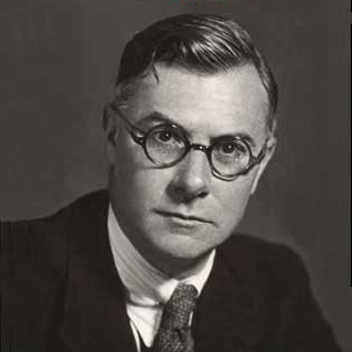 e h carr and the thesis Twenty years' crisis, 1919-1939 in the development of his thesis, professor carr has produced one of the most significant contributions to the systematic.